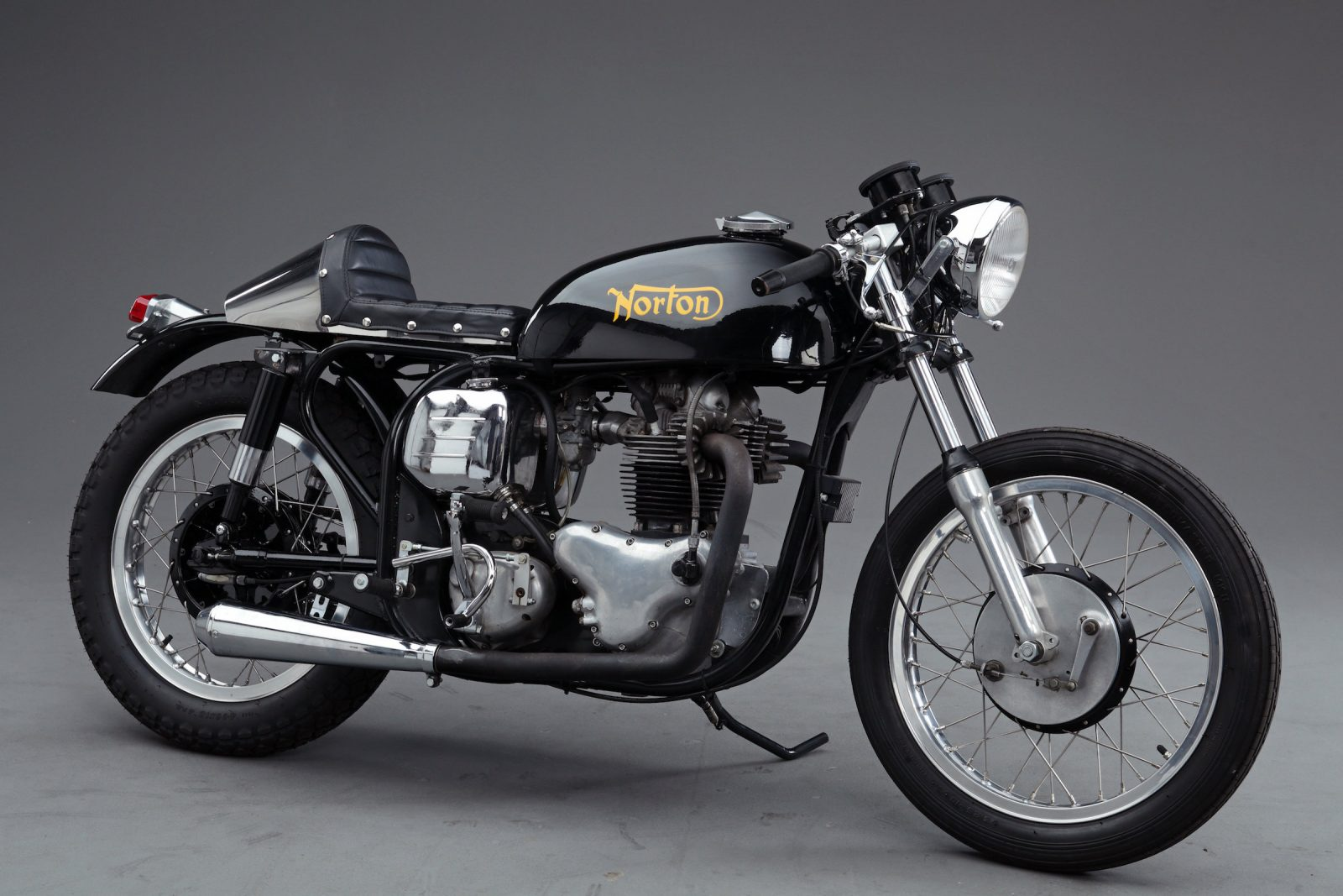 Name:  Norton-Atlas-Cafe-Racer-Main-Picture-1600x1067.jpg Views: 138 Size:  199.0 KB